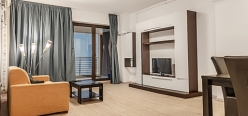 Lake Boutique Apartments zona Vega - KUDOS Mamaia Profil 3