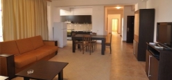 SummerLand Apartments Mamaia Profil 3