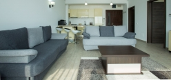 Luxury Lake Sight Apartment Mamaia Profil 3